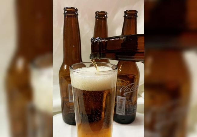 México festeja el Día de la Cerveza tras superar la sequía de pandemia