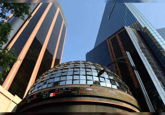 Fotografía de la sede de la Bolsa de Valores de México en Ciudad de México (México). EFE/Jorge Núñez/Archivo
