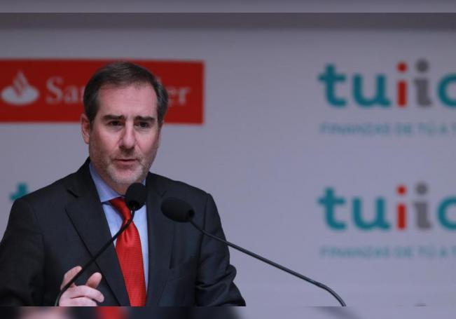 El presidente ejecutivo de Santander México, Héctor Grisi. EFE/Archivo