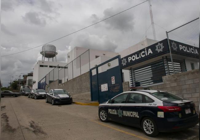 Vista hoy de las instalaciones de la Policía Municipal en Morelia, estado de Michoacán (México). La Fiscalía General del estado mexicano de Michoacán (FGE) informó este jueves que investiga el homicidio de un hombre presuntamente afectado por una enfermedad mental ocurrido en una urbanización de la ciudad de Morelia. EFE/Iván Villanueva