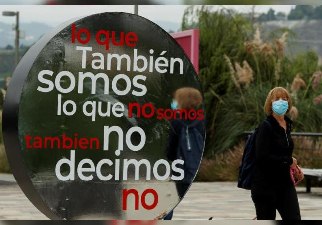 """Vista el 12 de agosto de 2020 de la exposición """"La ciudad te habla"""", montada en el parque La Mexicana de Ciudad de México (México). EFE/José Méndez"""