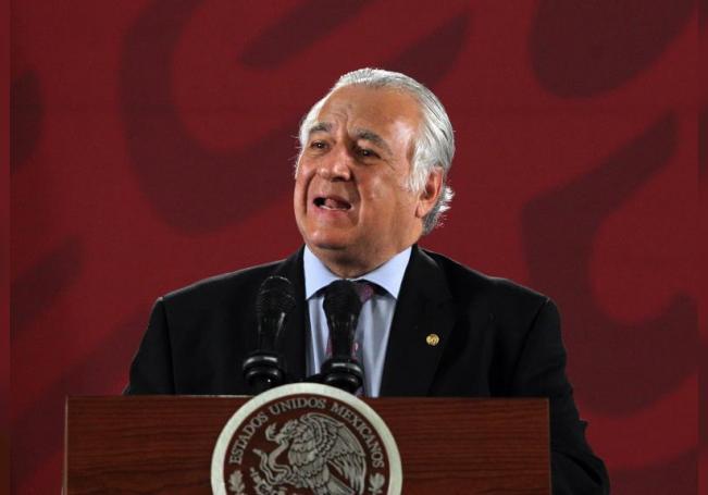 El Secretario de Turismo de México, Miguel Torruco Marqués, durante una conferencia de prensa. EFE/ Mario Guzmán/Archivo