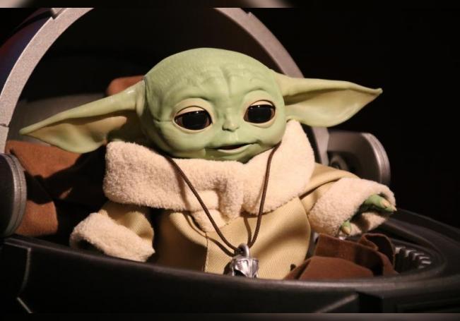 """El estreno de """"The Mandalorian"""", la primera serie no animada de """"Star Wars"""" y que contó con el chileno Pedro Pascal como protagonista, fue la punta de lanza para el lanzamiento de Disney+ en Estados Unidos el año pasado. EFE/ Cristina Magdaleno/Archivo"""