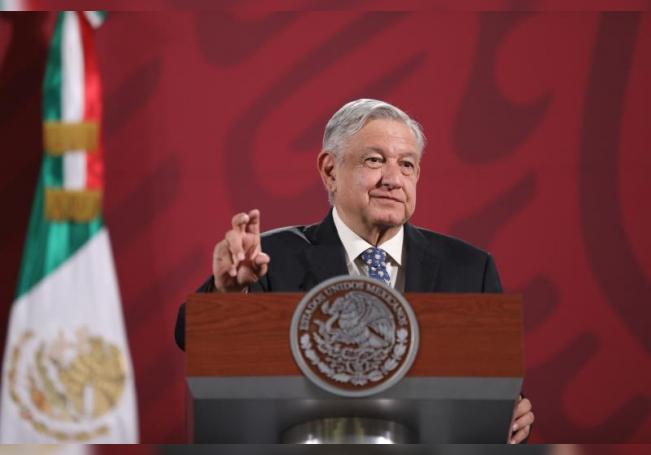 El presidente de México, Andrés Manuel López Obrador, ofrece una rueda de prensa matutina en el Palacio Nacional, en Ciudad de México (México). EFE/ Sáshenka Gutiérrez/Archivo