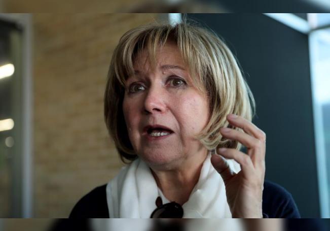 Fotografía de archivo del 23 de abril de 2018 que muestra a la escritora portuguesa Lidia Jorge durante una entrevista con Efe, en Bogotá (Colombia). EFE/Mauricio Dueñas Castañeda/Archivo
