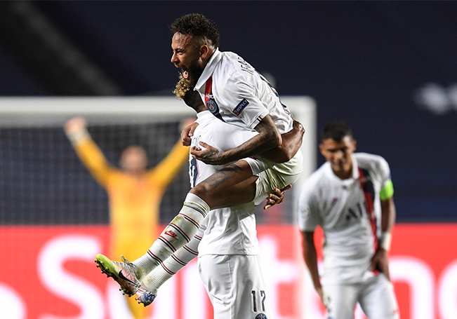 El cuadro parisino accedió a la fase semifinal de la Champions League.