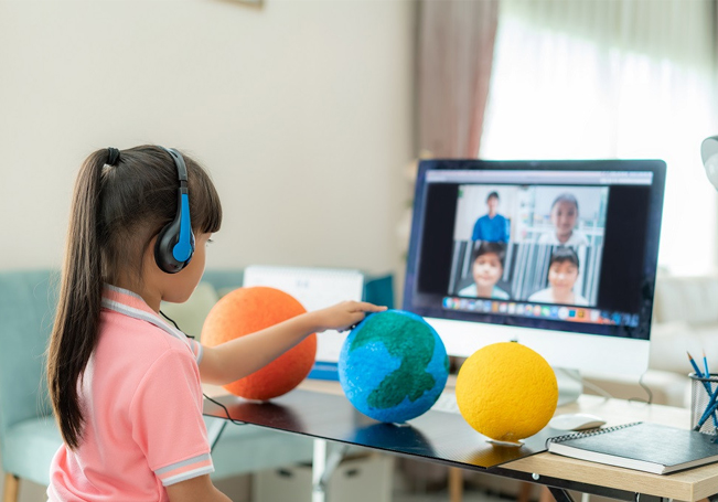 El ciclo escolar pasado muchos alumnos sufrieron por las clases virtuales.
