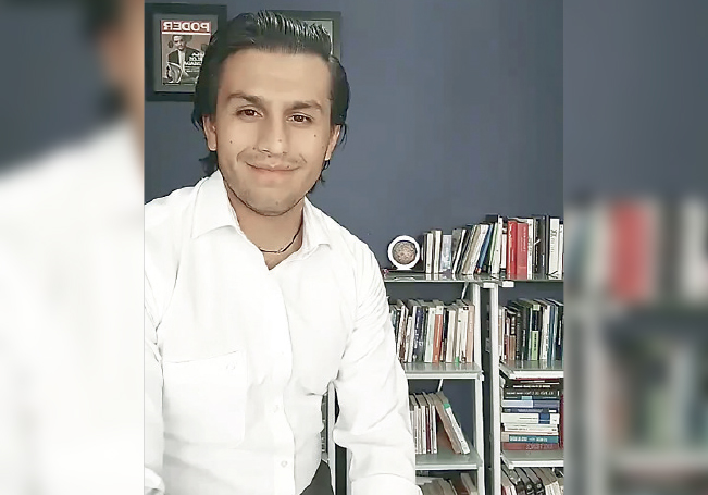 El Contralor del Congreso estatal, Roberto Valdez Ahumada.