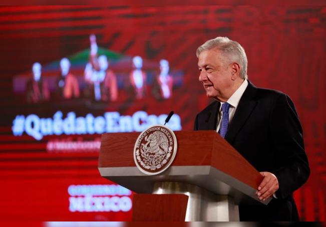 El presidente de México, Andrés Manuel López Obrador, habla durante su conferencia matutina en el Palacio Nacional, en Ciudad de México (México). EFE/Jorge Núñez/Archivo