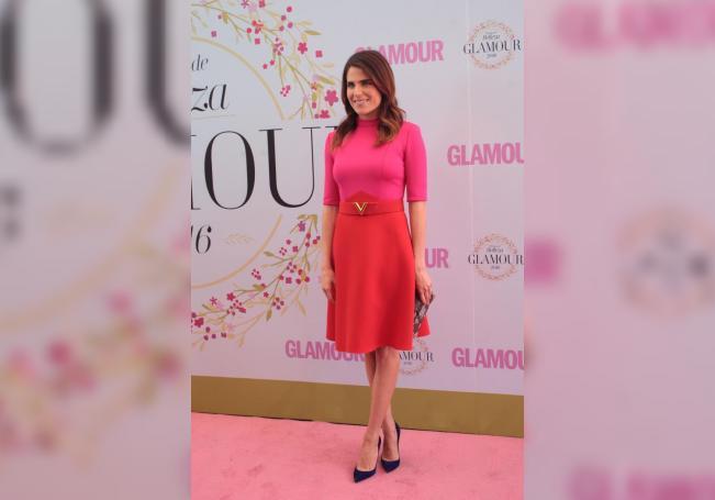 La actriz mexicana Karla Souza posa el jueves 23 de febrero de 2017, durante la alfombra rosa de la décimo tercera edición de los Premios Belleza Glamour México, en Ciudad de México. EFE/Sáshenka Gutiérrez/Archivo