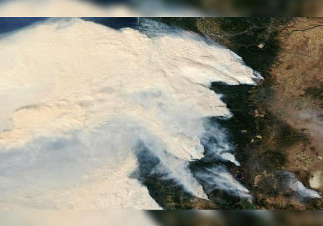 A handout photo made available by the NASA Worldview shows an Aqua satellite image on the raging wifires in Oregon, USA, 08 September 2020. EFE/EPA/NASA / HANDOUT HANDOUT EDITORIAL USE ONLY/NO SALES