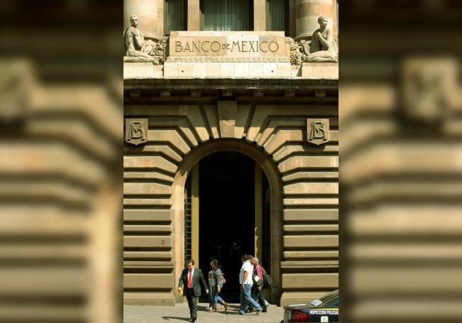 Vista general del edificio central del Banco de México en Ciudad de México. EFE/Alex Cruz/Archivo