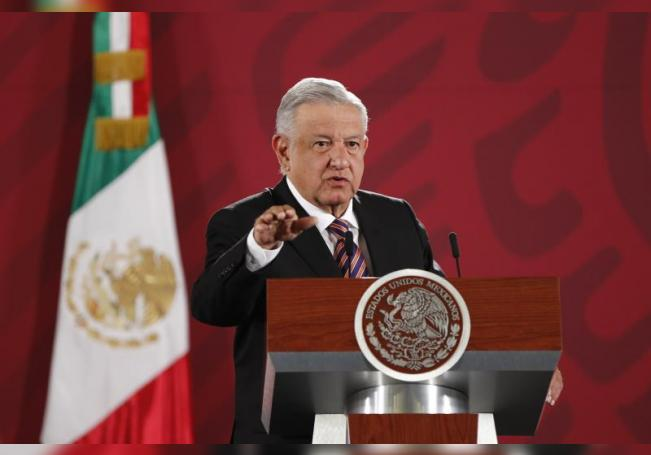 El presidente de México, Andrés Manuel López Obrador, ofrece una conferencia de prensa matutina en Ciudad de México (México). EFE/ José Méndez/Archivo