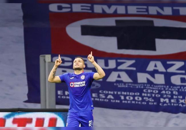 En la imagen el jugador Jonathan Rodríguez de Cruz Azul. EFE /José Méndez /Archivo