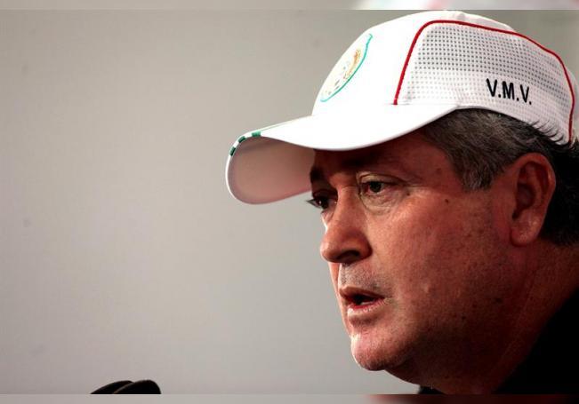 En la imagen, Víctor Manuel Vucetich, entrenador de las Chivas del Guadalajara del fútbol mexicano. EFE/Alex Cruz/Archivo