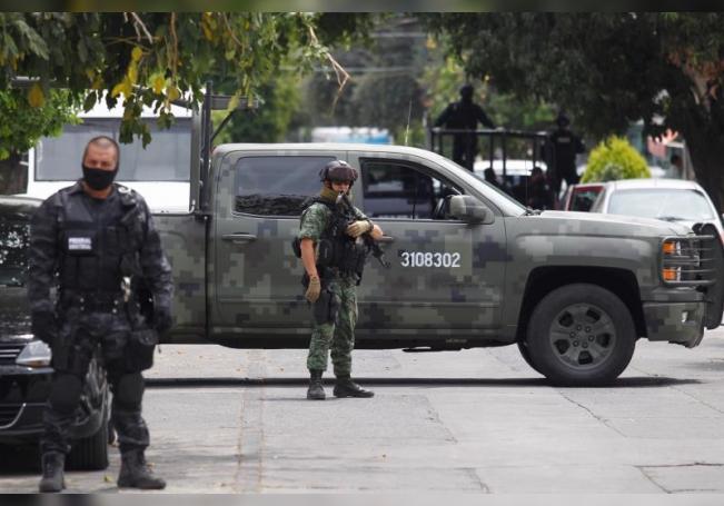 Los grupos criminales mexicanos ganaron cerca de un billón de pesos (casi 40.000 millones de euros) de 2016 a 2018, reveló este lunes la Unidad de Inteligencia Financiera (UIF) del Gobierno mexicano. EFE/Archivo