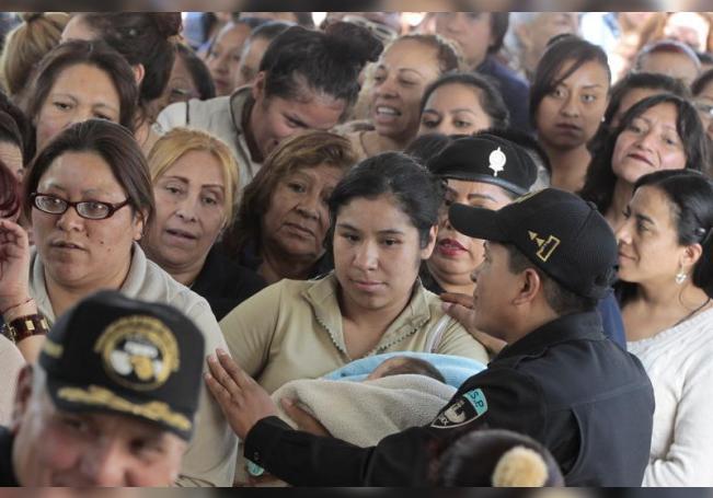 Fotografía de archivo de internas del penal de Santa Martha Acatitla en Ciudad de México (México). EFE/Mario/ArchivoGuzmán