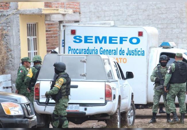 Fotografía fechada el 1 de julio del 2020, que muestra a Miembros de la Guardia Nacional en el municipio de Irapuato estado de Guanajuato (México). EFE/Str
