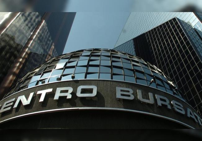 Fotografía del 27 de octubre de 2016, muestra una vista general de la casa de la Bolsa de Valores de México. EFE/Sáshenka Gutiérrez/Archivo
