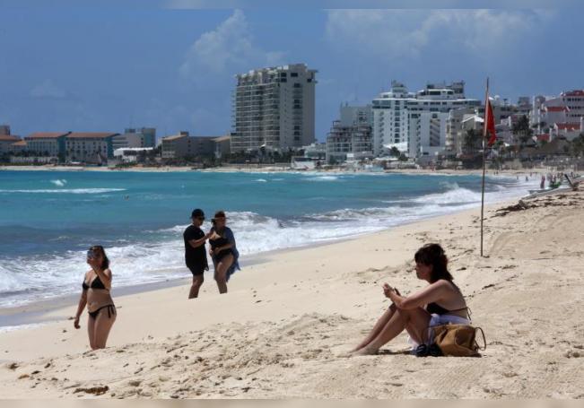 Presidente prevé normalización de turismo en sureste de México a fin de año
