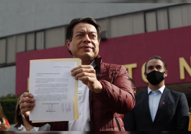 Denuncias escalan choque entre candidatos a dirigir partido de López Obrador