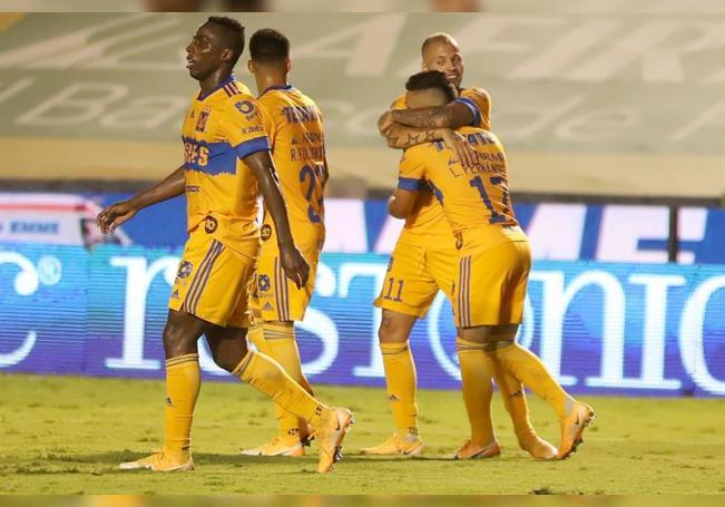 0-2. Los Tigres vencen al Cruz Azul y suben al segundo lugar