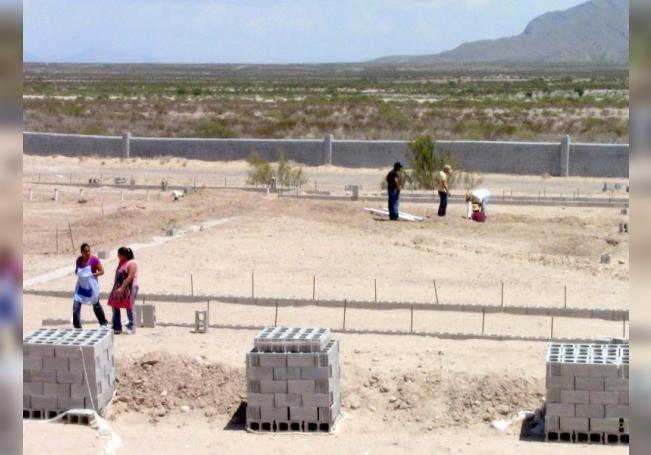 Muere en Texas un inmigrante mexicano hallado en la frontera sur