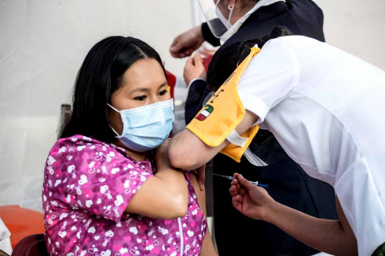 Inició la aplicación de la vacuna contra el covid-19 a personal médico del Hospital General