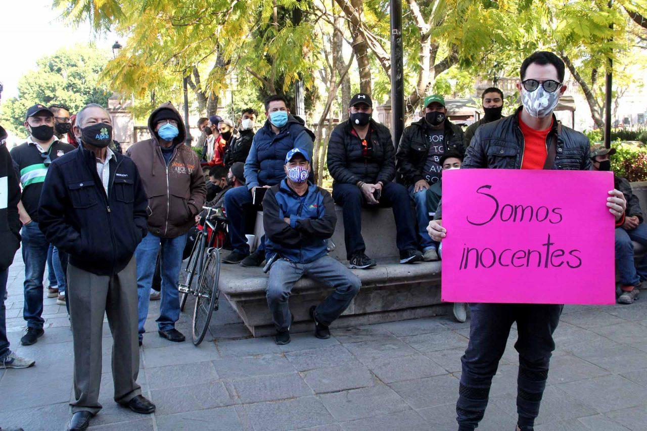 Manifestación de empleados y dueños de antros en Aguascalientes