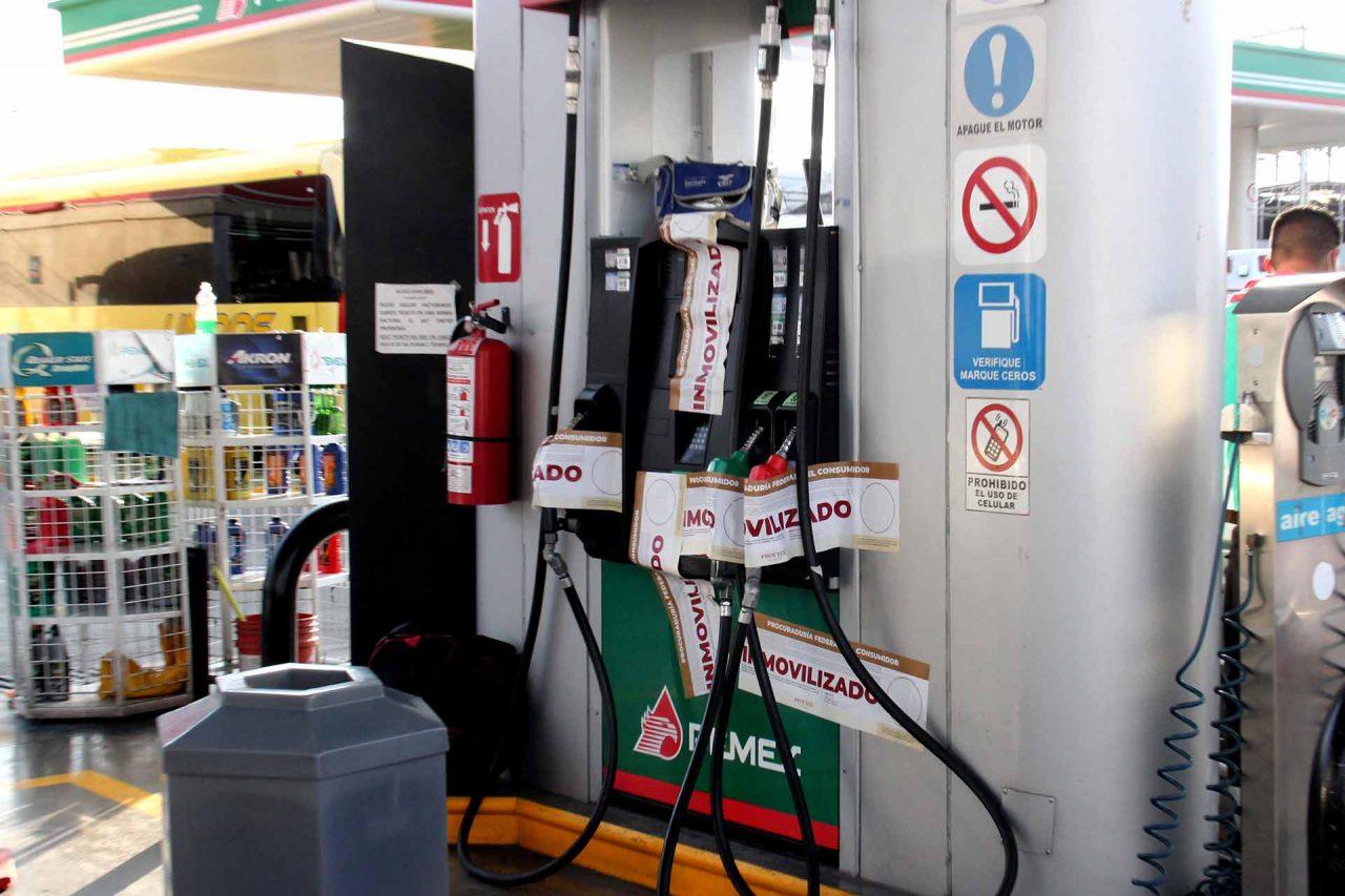 Bomba de gasolina suspendida por irregularidades