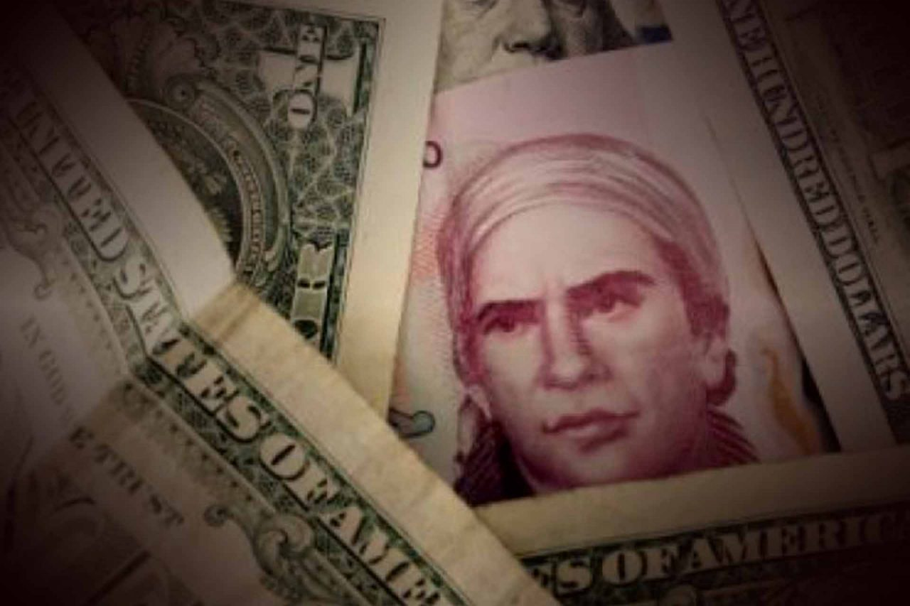 Expertos anticipan que el dólar supere la barrera de los 25 pesos en los próximos días.