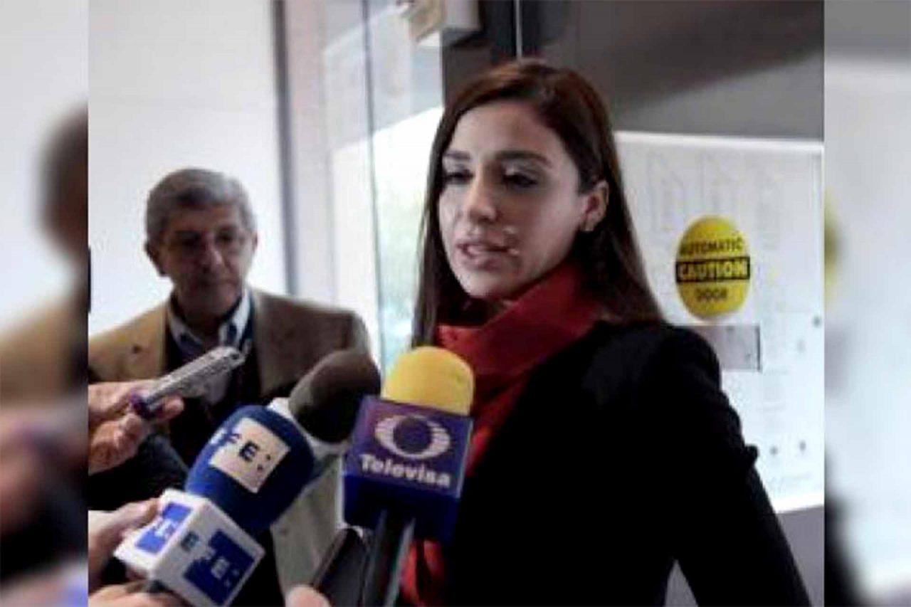 """La esposa de Joaquín """"El Chapo"""" Guzmán, Emma Coronel, con los medios de comunicación en Ciudad de México. EFE/Lenin Nolly/Archivo"""
