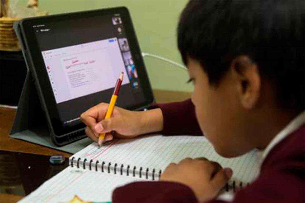 Clases virtuales, Clases en línea, Educación a distancia.