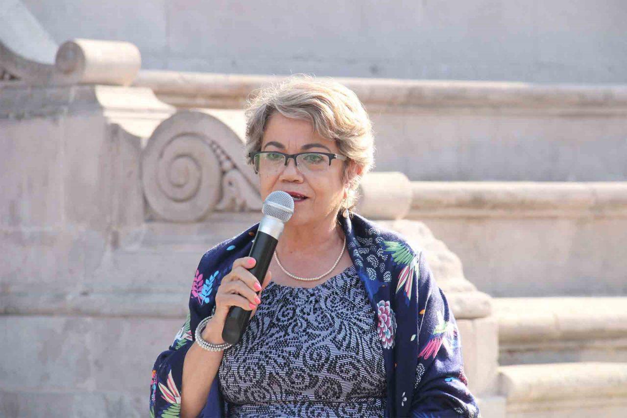 Roxana D'Escobar.
